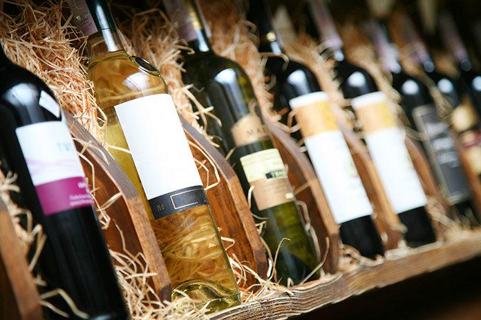 Jak odpowiednio przechowywać wino?