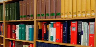 Kiedy i w jakiej sprawie zgłosić się do radcy prawnego